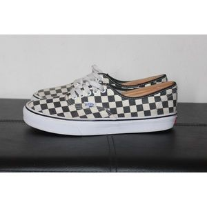 VANS GOLDEN COAST AUTHENTIC MENS SIZE 9 CHECKERED